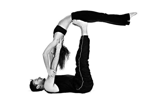 Five Beginning Couples Yoga Poses